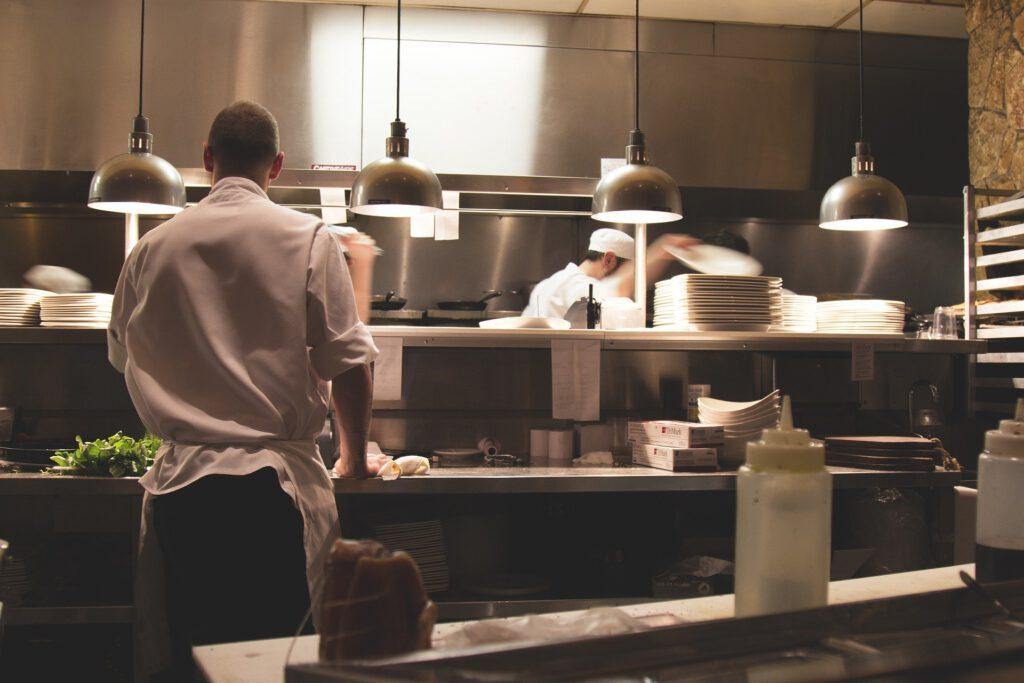 Blick in eine Großküche