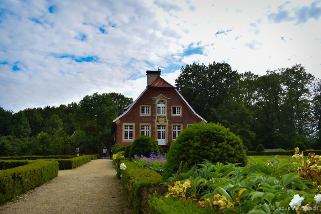 Das Bild zeigt eine Anschicht vom Haus Rüschhaus im Münsterland.